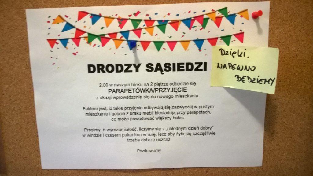 Przykład poinformowania sąsiadów o imprezie w wynajmowanym mieszkaniu.