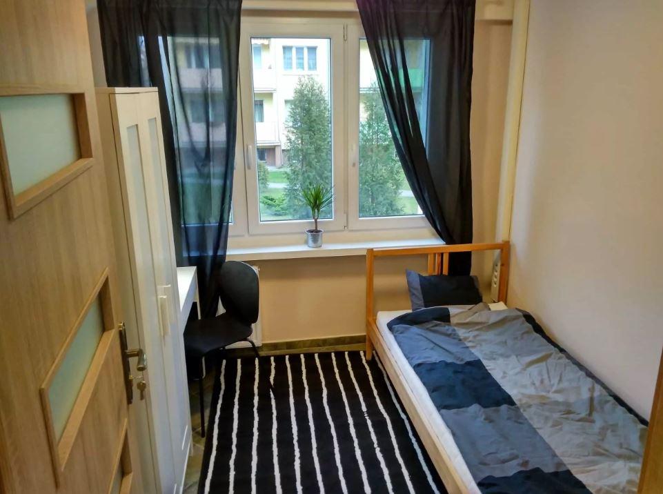 Wynajem mieszkania na pokoje to dla wynajmującego jeden z pomysłów na biznes.